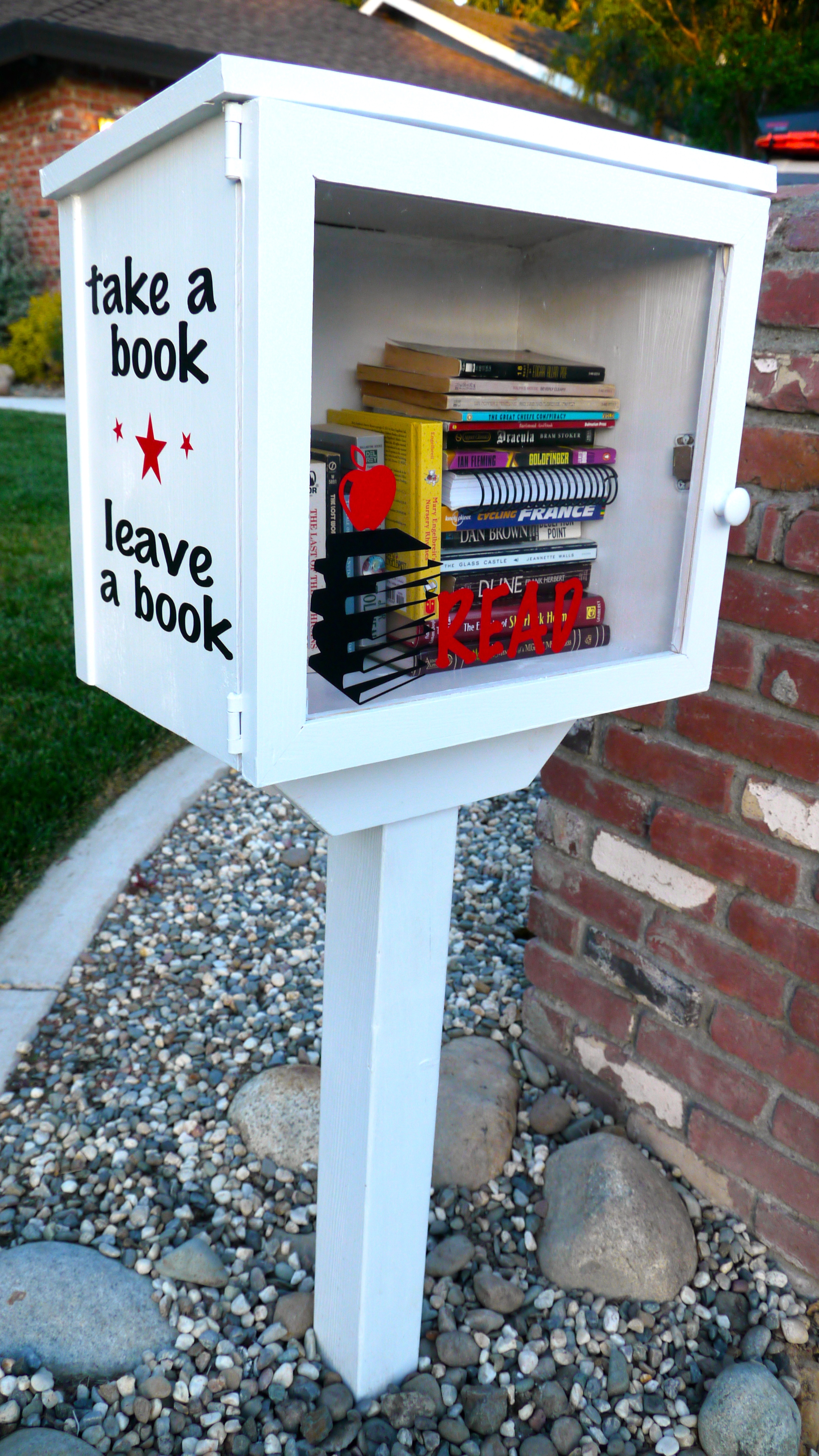 little free library | Skip to the Details